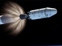 SpaceX Dragon capsule docks successfully