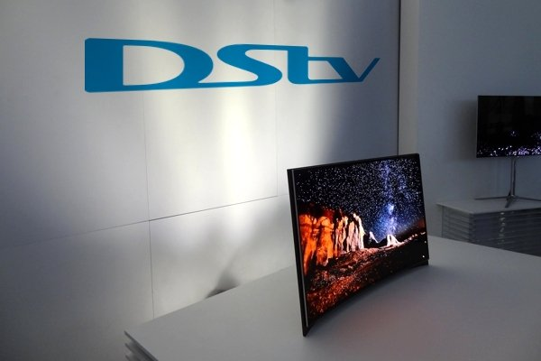 Samsung OLED with DStv logo