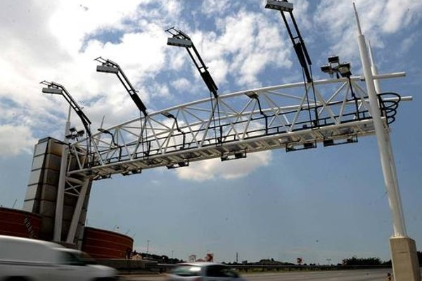 Sanral credit rating sinks lower