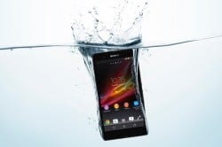 Sony Xperia Z dropped in water