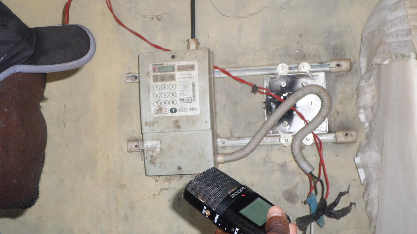 how to work out electric usage from meter reading