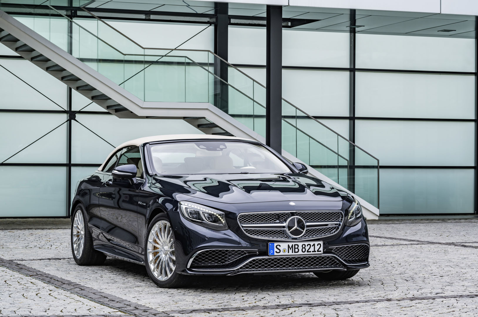 new mercedes s65 amg convertible beautiful v12 beast coming to sa. Black Bedroom Furniture Sets. Home Design Ideas