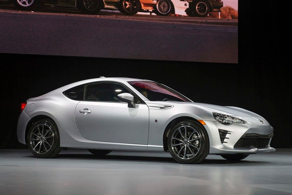 2017 Toyota 86 Shown Off