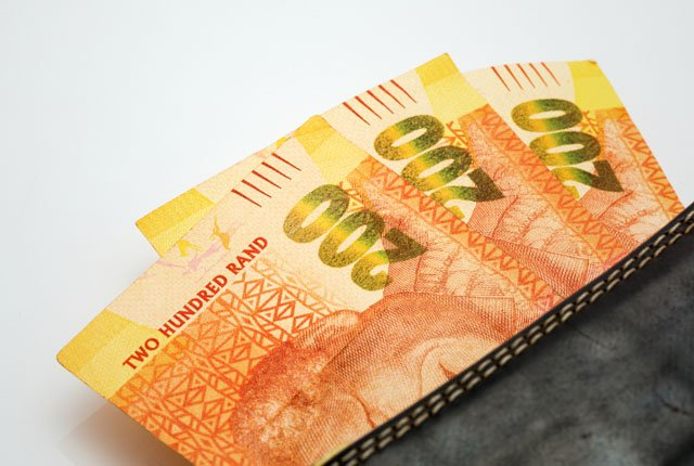 R200 banknotes in South Africa – which ones you can and cannot use