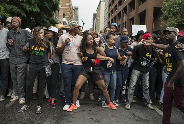 What the #FeesMustFall protesters really think about science