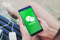 wechat-on-phone