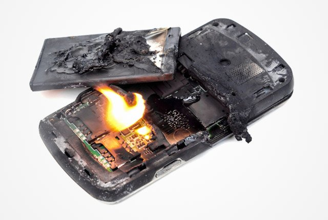 Why smartphone batteries have started catching fire
