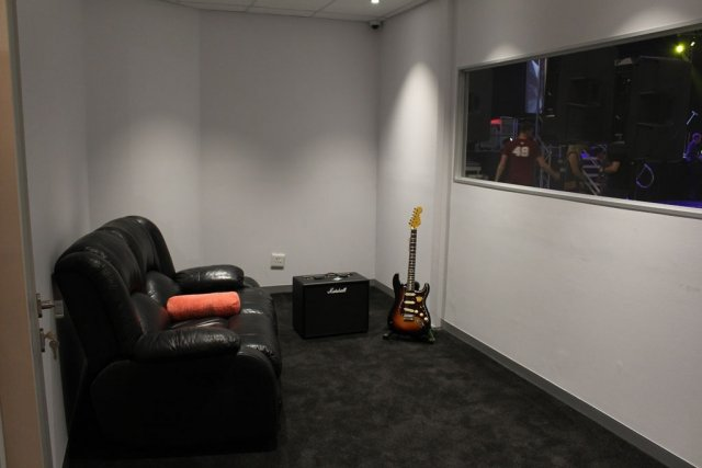 MiTech recording and play room