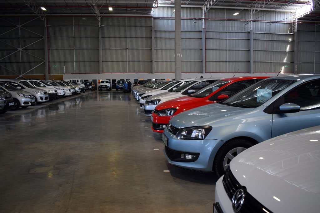 Inside South Africa\'s biggest car showroom – Photos