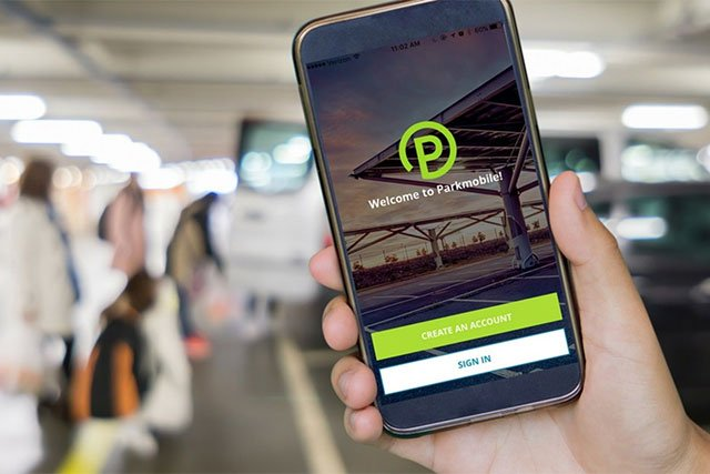 BMW invests in Parkmobile