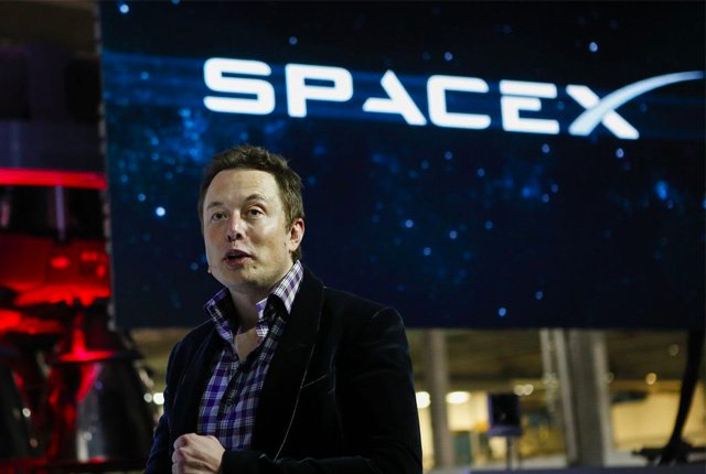 SpaceX attempts 'Big Bang' military mission