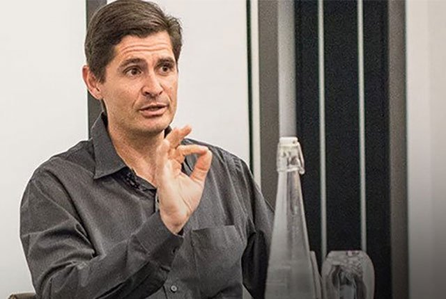 Rain CEO Willem Roos answers tough questions about expiring mobile data bundles