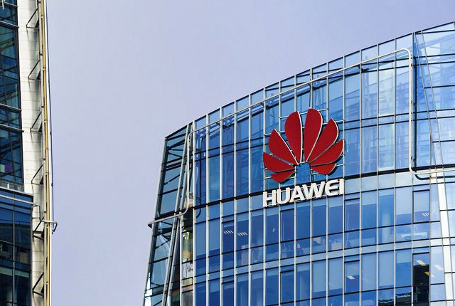 Huawei has 56,492 patents and it is not afraid to use them