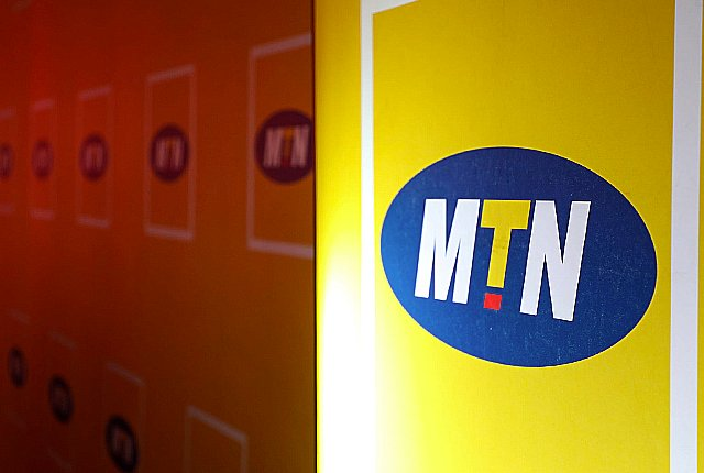 MTN awards top matric achievers with laptops