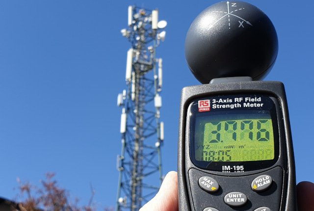 MyBroadband Investigation – Radiation from cellular towers vs a phone against your head