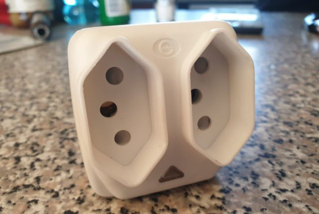 Photo of the front of a ZA Plug adapter
